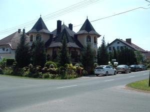 Ilona Kis Kastély Panzió, Guest houses  Keszthely - big - 51