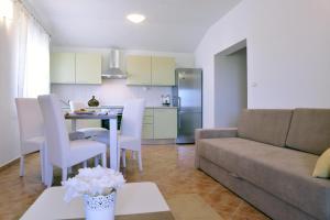 Apartments Letan