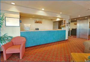 Americas Best Value Inn Cleveland Airport, Hotels  Brook Park - big - 27