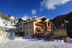 Hotel Tita Piaz - AbcAlberghi.com