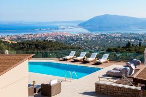 Alivia Lefkas Luxury Villas - Apolpaina