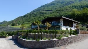 Moar Lodge - Postal