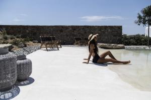Portes Suites & Villas Mykonos, Aparthotely  Glastros - big - 50