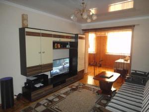 Apartment Abazgaa 35/7, Апартаменты  Гагра - big - 8