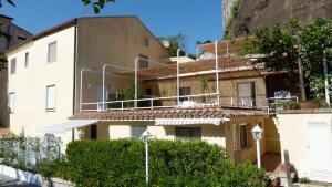 Marina Grande Residence - AbcAlberghi.com