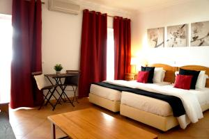 Oasis Beach Apartments, Aparthotels  Luz - big - 58