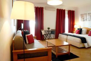 Oasis Beach Apartments, Aparthotels  Luz - big - 63