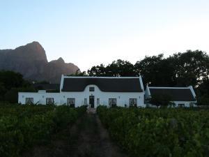 Klein Waterval Riverside Lodge, Guest houses  Franschhoek - big - 54