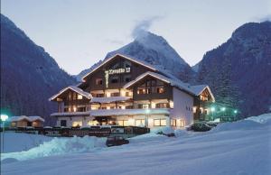 Hotel Tyrolia - AbcAlberghi.com