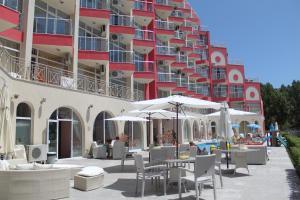 Rose Garden Omax Hotel Apartments - Sunny Beach