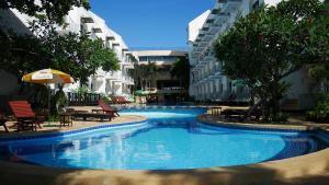 Курортный отель Naklua Beach Resort, Паттайя