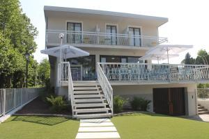 Lake Garda Beach Hostel