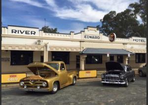 . Edward River Hotel