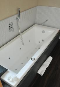 Hotel Lalla - Beauty & Relax, Hotely  Cesenatico - big - 29