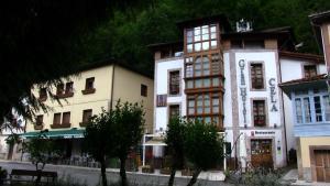 Gran Hotel Rural Cela - Baselgas