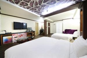 Hotel Diamond, Hotely  Suwon - big - 20