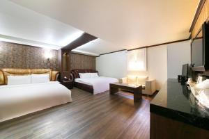 Hotel Diamond, Hotely  Suwon - big - 26