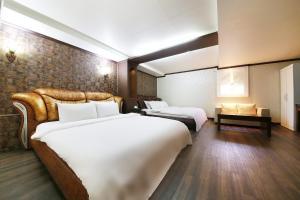 Hotel Diamond, Hotely  Suwon - big - 25