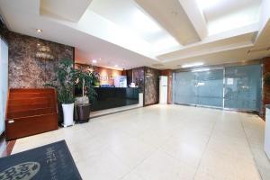 Hotel Diamond, Hotely  Suwon - big - 35