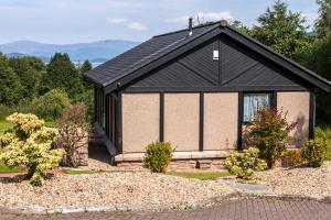 Cameron House Two bedroom Detached Lodge L45