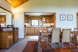 Cameron House Two Bedroom Detached Lodge L80