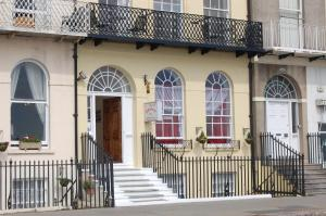The Edenhurst Guesthouse, Bed & Breakfasts  Weymouth - big - 16