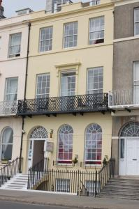 The Edenhurst Guesthouse, Bed & Breakfasts  Weymouth - big - 29