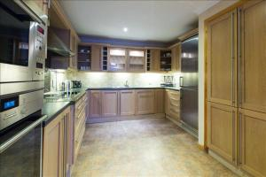 Cameron House Two Bedroom Detached Lodge L63
