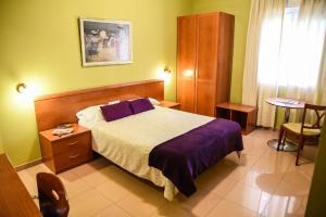 Hotel Dora