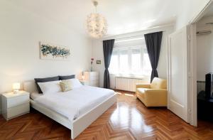 Apartments Sunny & Dux