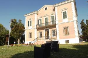 Tenuta Villa Colle Sereno - Montignano