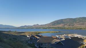 Lake View Chic Condo - Apartment - Oliver