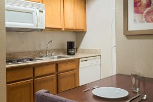 Homewood Suites by Hilton Orlando-UCF Area, Hotely  Orlando - big - 4