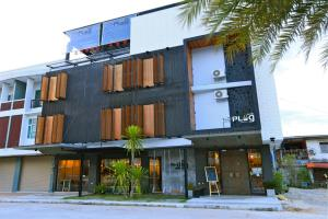 The Plug Hotel - Ban Bang Phutsa