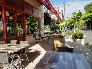 Hotel Café de la Gare - Saint-Méard-de-Gurçon