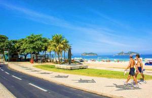 Beach Guest House - Go Make A Trip