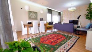 Galeria Apartment, Тирана