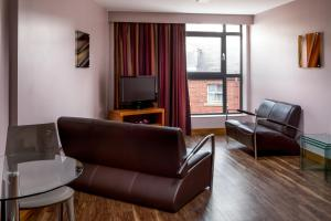 Roomzzz Leeds City (17 of 18)