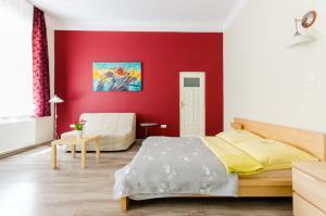 Fantasia Apartments