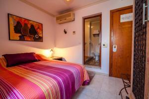 Hostal El Asturiano, Guest houses  Tarifa - big - 1