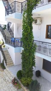 Hotel Festim Caca - Qeserati