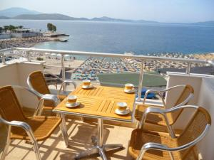 Holiday apartment on the sea shore (12)