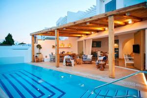 Louis Nausicaa Luxury Villas