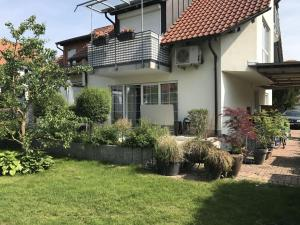 Ferienwohnung Arenda - Hausen an der Möhlin