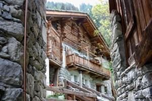 Le Chalet du Coq Rouge - Accommodation - Valtournenche