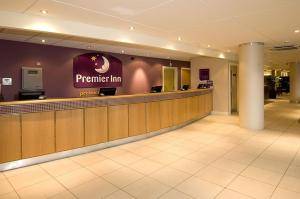 Premier Inn Manchester Airport Runger Lane South, Hotely  Hale - big - 27