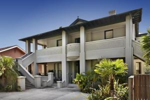 Espresso Apartments - Elwood Townhouse Delight - East St Kilda