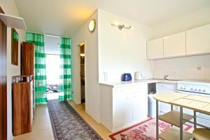 4310 Privatapartment Best Laatzen Mitte, Apartmány  Hannover - big - 8