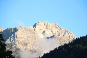 Alpen - Apartments, Apartmány  Garmisch-Partenkirchen - big - 9