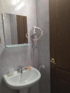 Guest House Zvanba, Гостевые дома  Гагра - big - 16